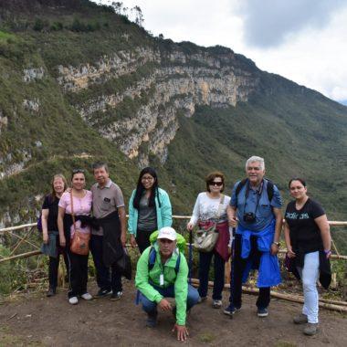 revash-mausoleo-leymebamba-guia-turismo-experimentado